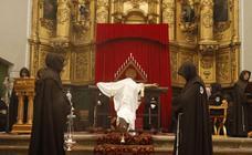 Ejercicio de Tinieblas en la iglesia de San Agustín