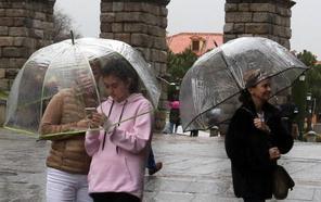 La hostelería segoviana mantiene el cartel de 'completos' pese a los malos augurios del tiempo