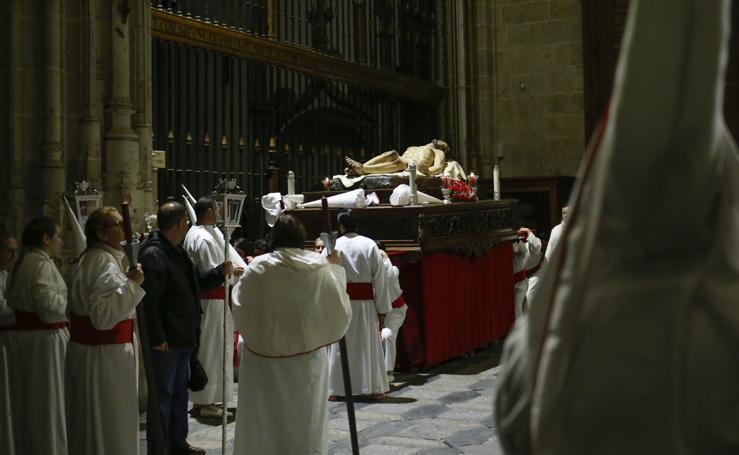 El Yacente no pudo salir de la Catedral de Salamanca