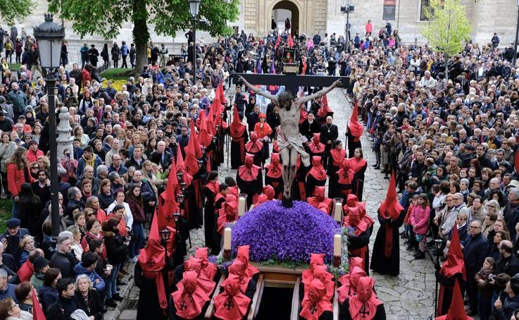 Procesión del Santísimo Cristo de la Luz en Valladolid