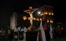 Medina sortea el mal tiempo con dos procesiones multitudinarias