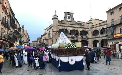 Traslado de las Angustias a la catedral de Ciudad Rodrigo sin procesionar debido a la lluvia