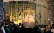La procesión de la Hermandad Dominicana de Salamanca no pudo procesionar por la lluvia en la madrugada del Viernes Santo