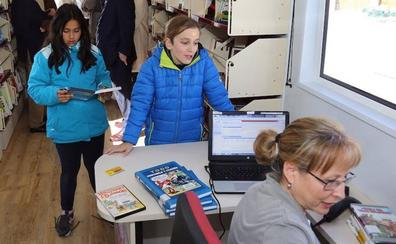 Los bibliobuses de Segovia enseñarán a escolares a crear un cuento