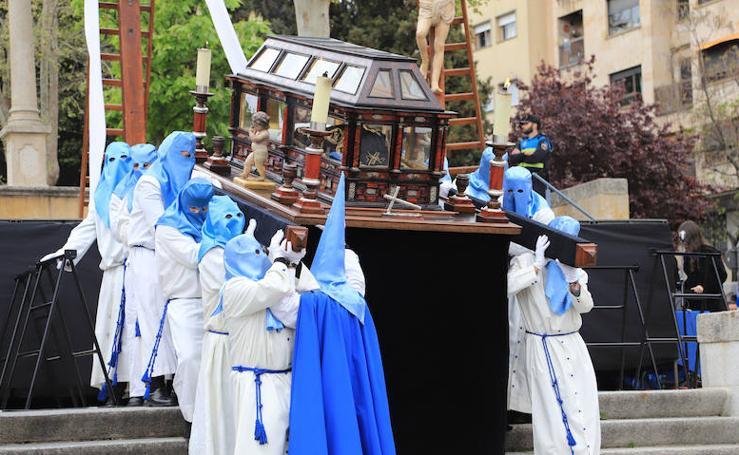 Acto del Descendimiento y Procesión del Santo Entierro en Salamanca