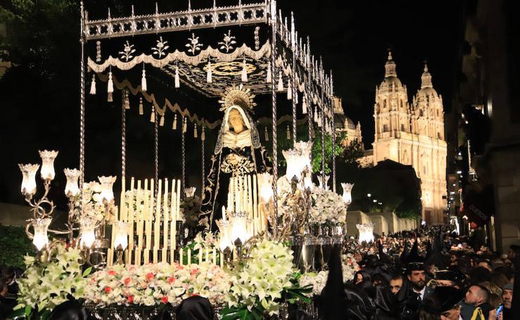 Procesión de Nuestra Señora de la Soledad en Salamanca