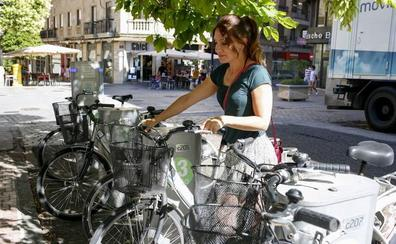 Adjudicado el servicio de préstamo de bicis, que ampliará su horario y las áreas de aparcamiento