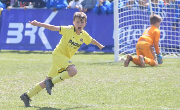 El Villarreal vence al Celta de Vigo en el partido por el tercer y cuarto puesto de la IX IscarCup