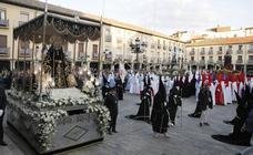 Palencia se rinde a la Soledad de la Virgen
