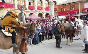 Sesenta puestos animarán el mercado comunero de Torrelobatón
