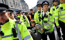 La 'rebelión' contra el cambio climático en Londres se salda con 831 detenidos