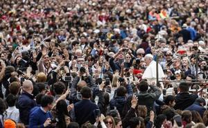 El Papa pide a los políticos de las economías avanzadas que pongan fin a la «preocupante» carrera de armamentos