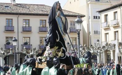 La Semana Santa se despide con la procesión del Rompimiento del Velo
