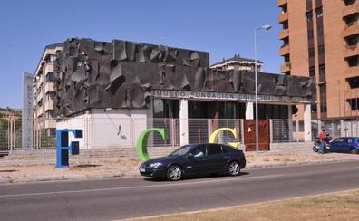 La plantilla pide a la empresa Intrum que concrete el traslado de 600 empleados al edificio del antiguo Museo Gabarrón