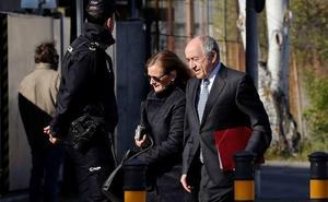 El exgobernador del BdE sabía desde 2010 los problemas de las cajas que integraron Bankia