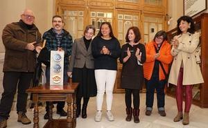 El Ayuntamiento de Valladolid acoge un Semáforo del Ruido para sensibilizar sobre la contaminación acústica
