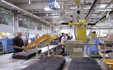 La excesiva dependencia del sector del automóvil pasa factura a las exportaciones