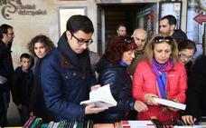 Mateos pondrá en marcha un plan de fomento de la lectura con ayudas para adquirir libros en el comercio local