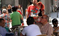 El empleo sube en el sector servicios en Castilla y León, pero por debajo de la media
