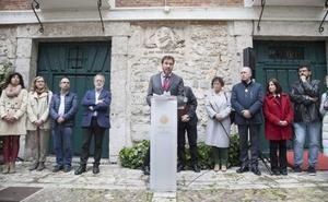 Óscar Puente urge desde la Casa de Cervantes a potenciar el libro como «artículo de primera necesidad»