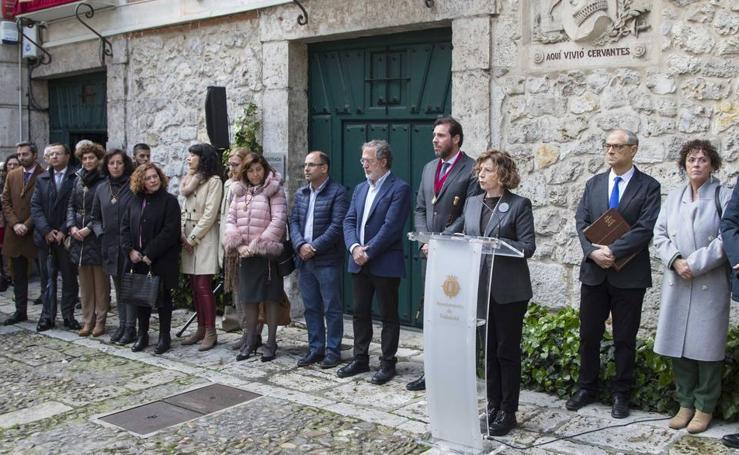 Homenaje a Miguel de Cervantes en el aniversario de su fallecimiento en su casa de Valladolid