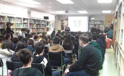 El instituto Pinar de La Rubia inaugura su feria sobre el patrimonio cultural