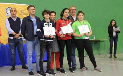 Cientos de medallas y aplausos para los campeones de los Juegos Escolares