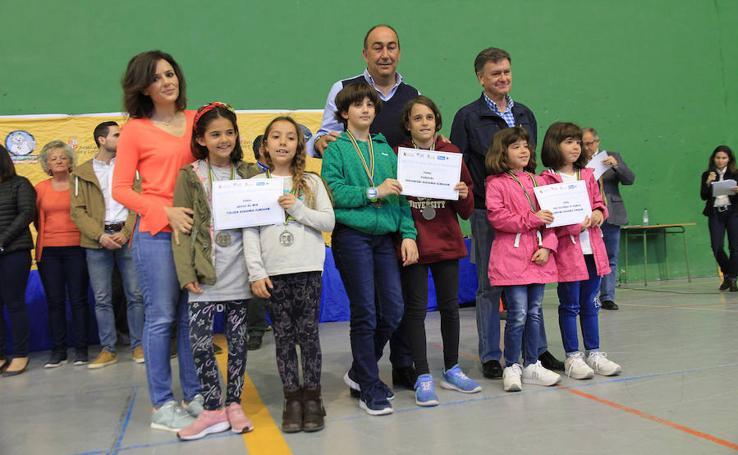 Entrega de premios de los Juegos Escolares (1)