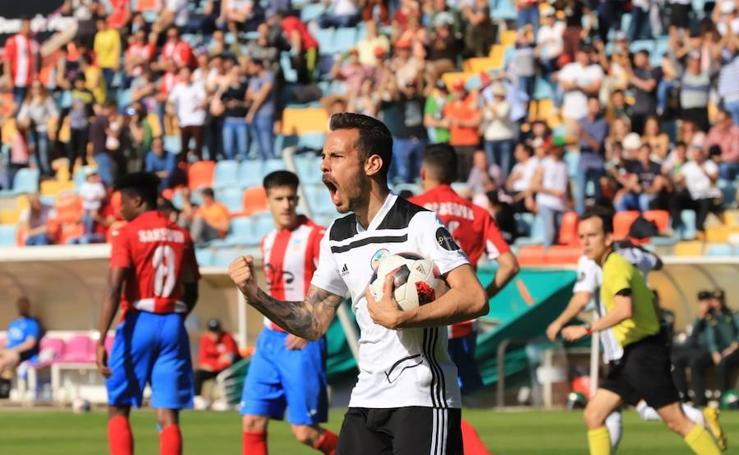 Partido entre Salamanca CF y CDA Navalcarnero (1/2)