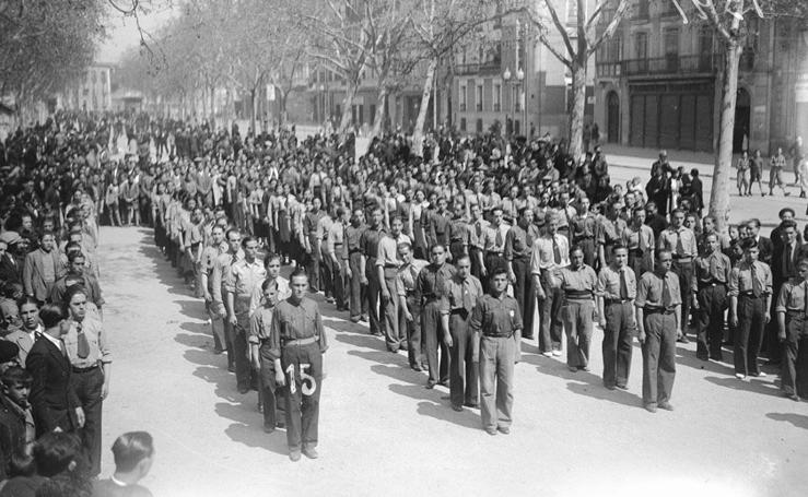 Desfile del 1 de mayo de 1936 en Valladolid