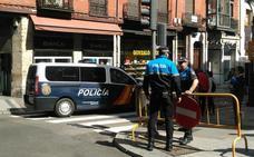 Restablecido el tráfico en la Bajada de la Libertad de Valladolid tras el escape de gas que ha cortado la vía