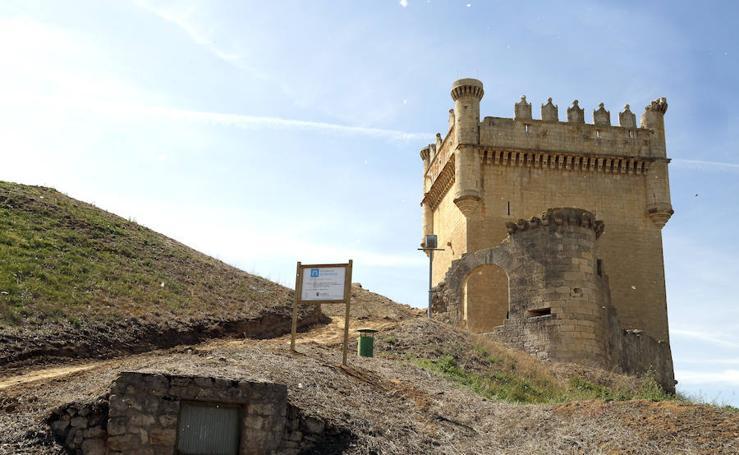 Obras para acondicionar el castillo de Belmonte de Campos, en Palencia