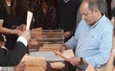 El PSOE arrebata un senador al PP en Zamora tras el recuento del voto emigrante
