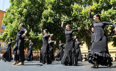 San José vive sus fiestas con una clase magistral de danza española