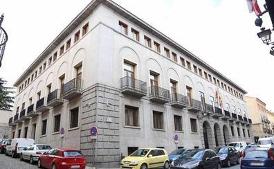 Le piden cinco años de cárcel por extraer de la cuenta de su expareja 140.000 euros robando sus claves bancarias