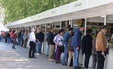 La Feria del Libro Antiguo y de Ocasión apura su último día tras atraer a 25.000 lectores