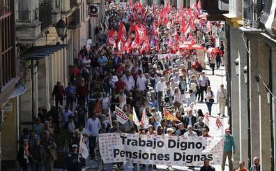 El temor de los sindicatos a un pacto entre Sánchez y Rivera marca el Primero de Mayo en Palencia