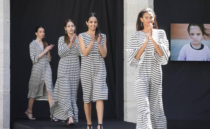 Desfile de moda africana en el Palacio de Santa Cruz