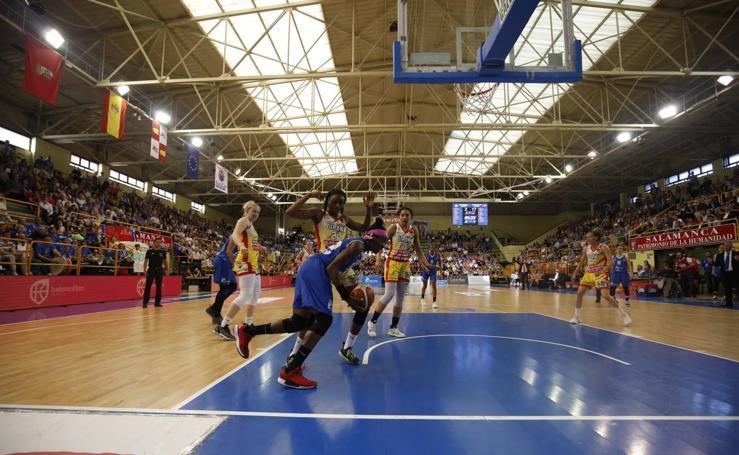 Primer partido de la final Avenida-Girona 1