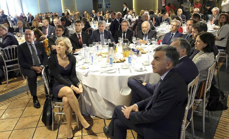Asistentes al Foro Económico de El Norte de Castilla con Herrera y Feijoo