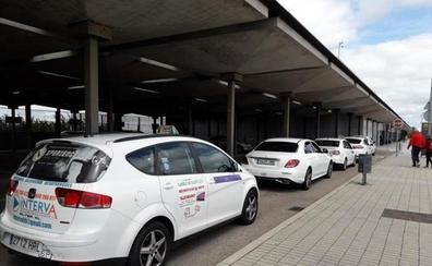 La Agrupación denuncia a un taxista vallisoletano con dos licencias por ser socio de una mercantil VTC