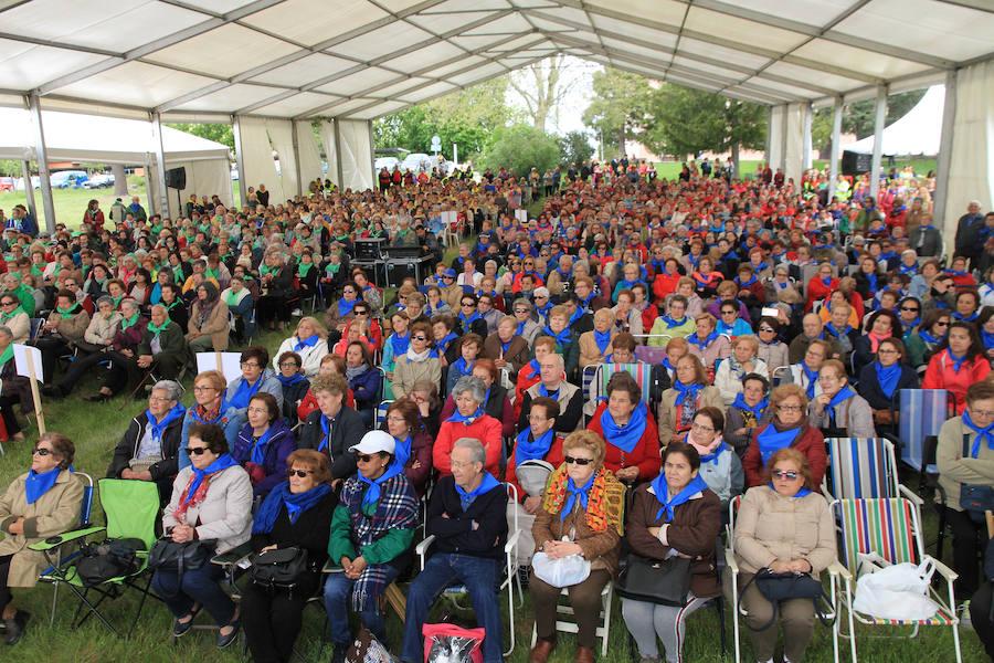 Encuentro de participantes en las aulas de manualidades de la Diputación de Segovia
