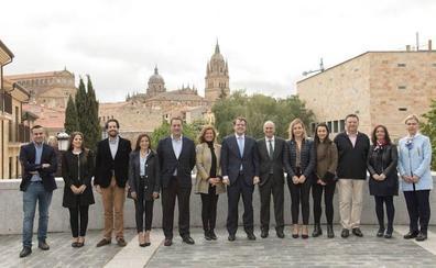 Mañueco anuncia la visita de los Reyes para la inauguración del nuevo hospital de Salamanca