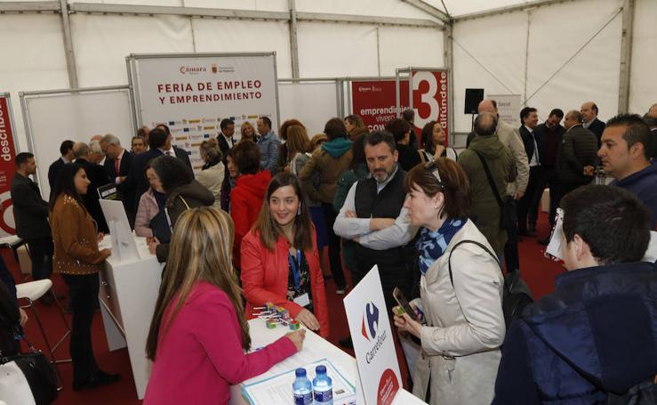 El empleo se acerca a los jóvenes en Palencia