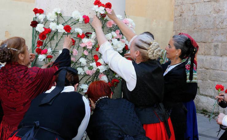 Pasacalles y ofrenda floral a San Pedro Regalado