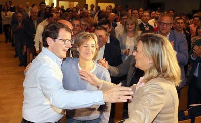 El PP saca músculo local y el PSOE llora a Rubalcaba en las primeras horas de la campaña en Valladolid
