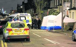 El joven asesinado en Londres descansa dos meses después en Valladolid