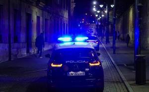 Detenido por provocar un altercado en un centro de acogida y agredir a un agente