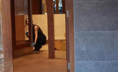 Muere la anciana que fue atracada en el ascensor de su casa en Vitoria