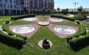 El vandalismo obliga a reparar el reloj de Colón en Valladolid después de perder las agujas
